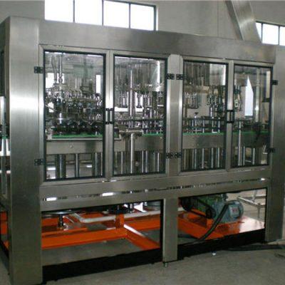 Automaatne klaaspudeli veega täitmise masin